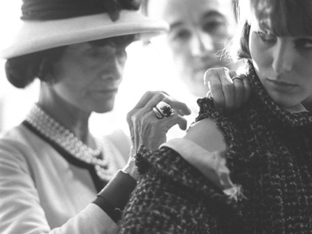 coco-chanel-working